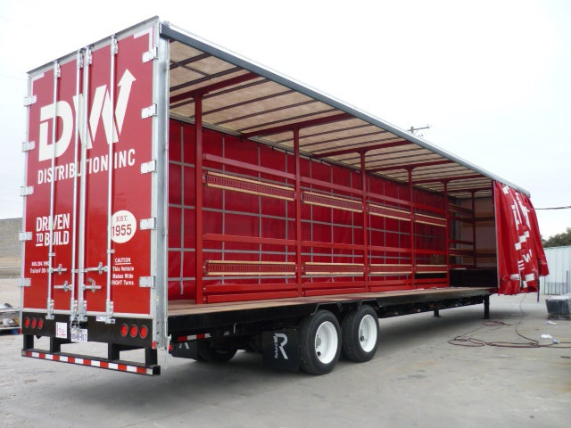 Curtain Side Trailer With Open